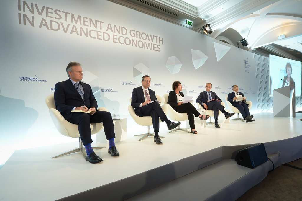 Central Bank Heads join panel discussion in Portugal today