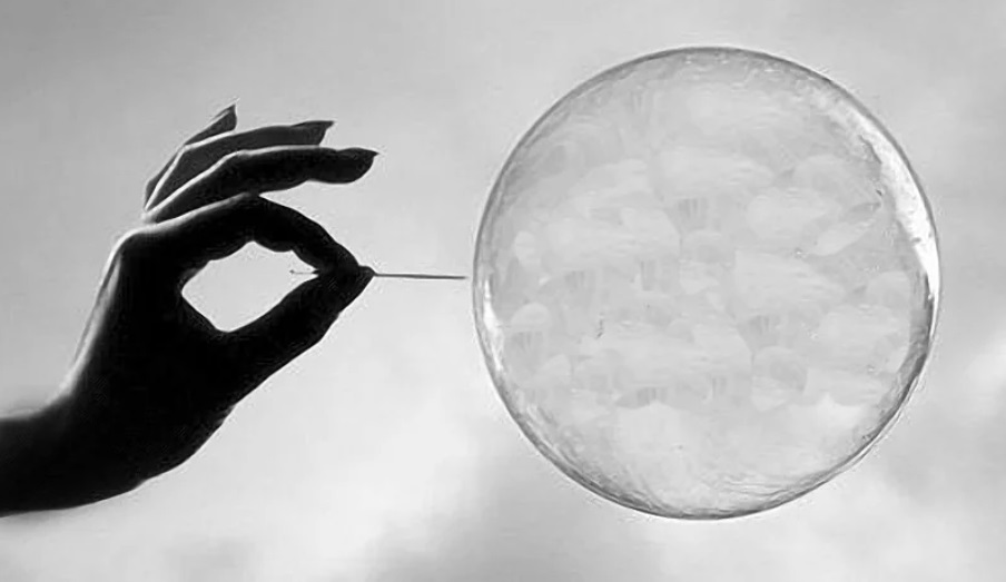 """Bitcoin was """"just a bubble"""", and 95% of cryptocurrencies will painfully die: Bitwise"""