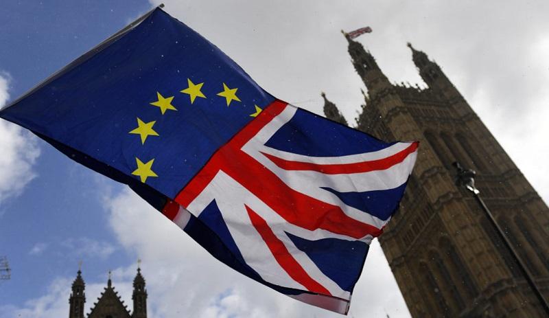 Brexit harms the British economy