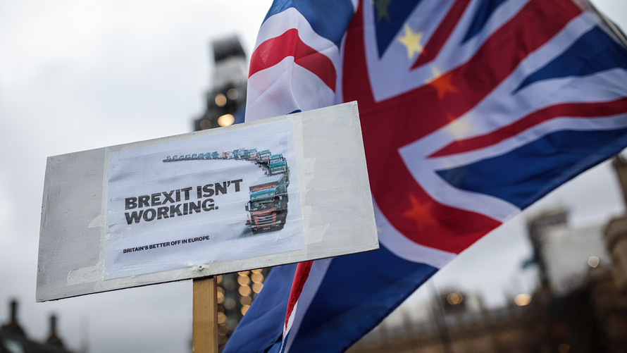 Brexit washes away British economy growth