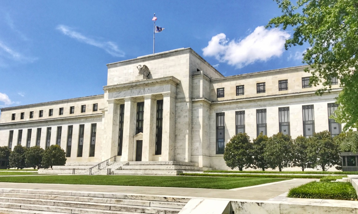 The Fed does not rule out a rate hike if the economic situation improves