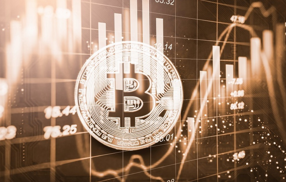 Bitcoin Price Sinks to $7,500 as Analyst Predicts Further 30% Plunge