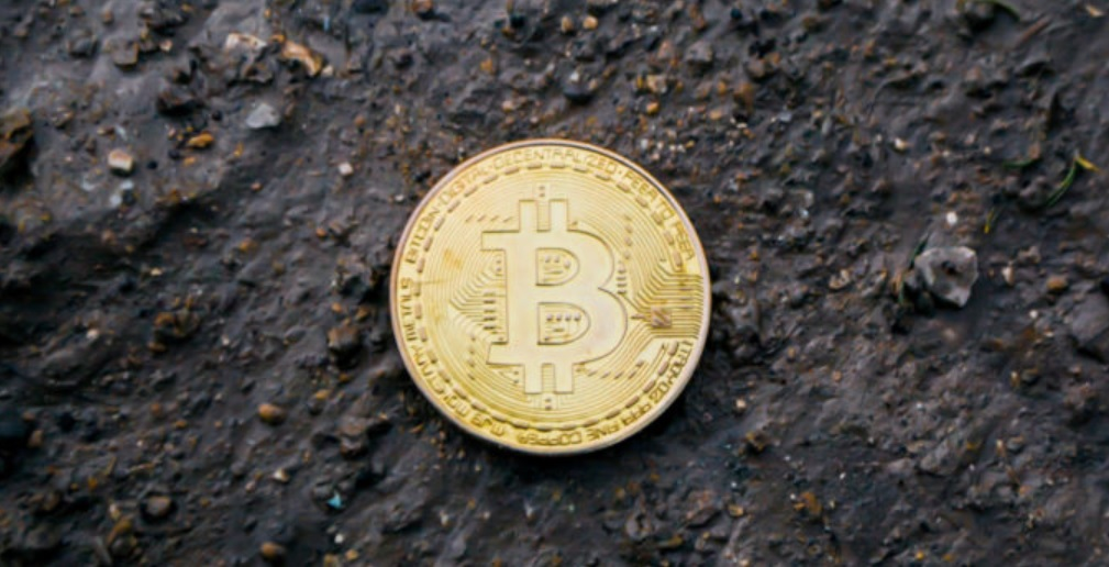 Bitcoin Price Can Break Beyond $50,000 or Even $100,000 in 2019, Predicts Analyst