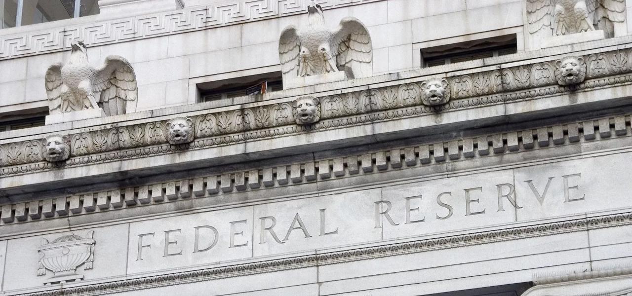 Markets provoke the Fed, Brent breaks away
