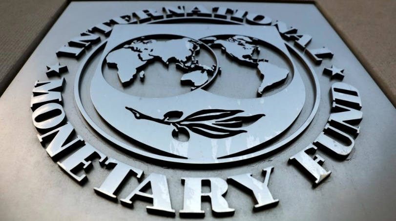 IMF sees slowdown in Russian economic growth; urges reforms