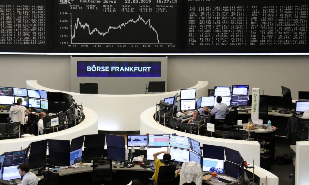 Stocks, dollar inch up ahead of Powell's Jackson Hole speech