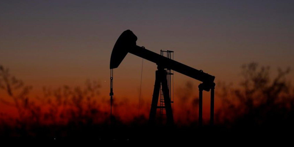 Oil drops on weak corporate data out of China