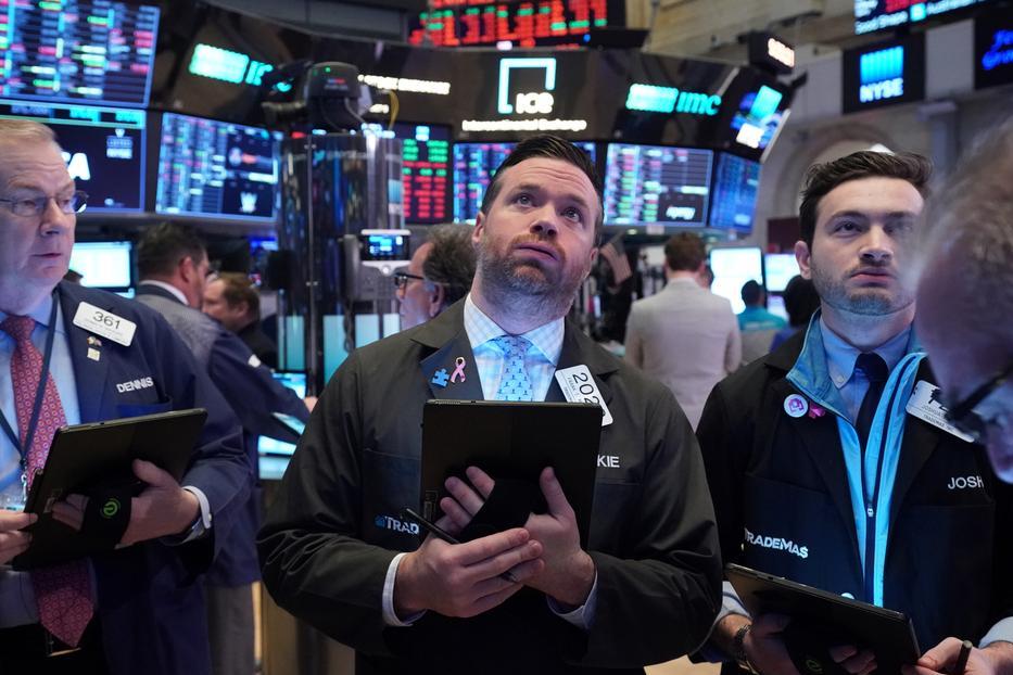 European stocks close 11% lower in worst one-day drop ever on coronavirus fears