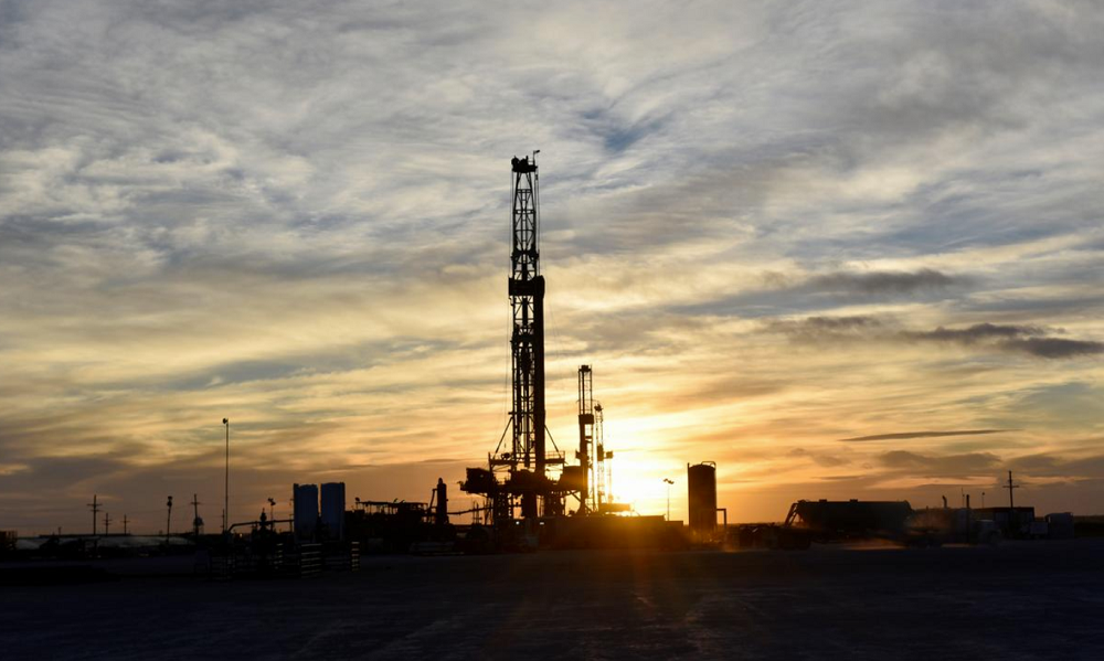U.S. shale urges service firms offer 'at least' 25% price cuts – executives, letter