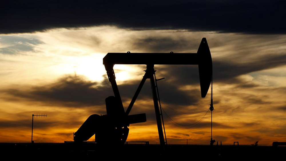 Brent reverses losses to rise above $30/bbl in early European trading