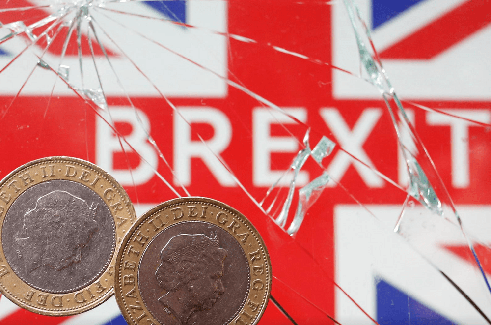 Brexit risk premium returns to UK markets