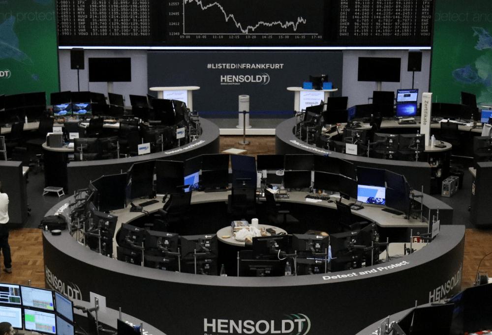 Virus fears push European stocks to worst week since June