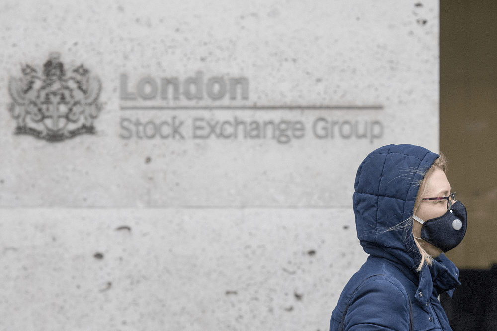 European markets rally as banks bounce; HSBC up 10%