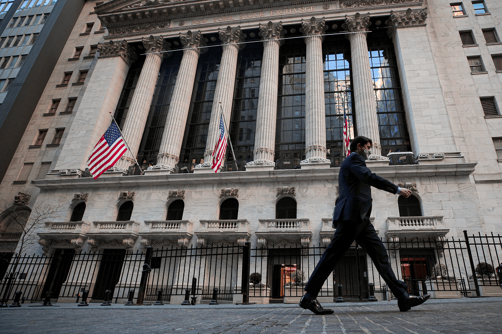 Stocks, Yields Fall as Reflation Trade Sputters