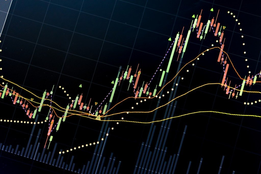 Cryptocurrencies attempt a positive start to the week after wild plunges
